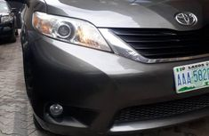Toyota Sienna LE 7 Passenger 2011 Gray for sale