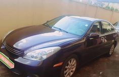 Need to sell used black 2003 Lexus ES automatic at cheap price