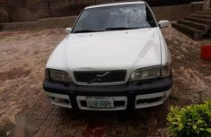 Sell authentic used 1999 Volvo S70 in Ibadan