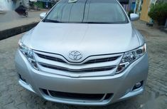 Sell authentic 2009 Toyota Venza at mileage 98,000