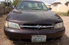 Best priced used 1998 Nissan Altima automatic in Abuja