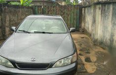 Lexus ES 1999 300 Gray for sale