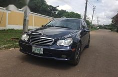 Need to sell used 2006 Mercedes-Benz C230 in Kaduna at cheap price