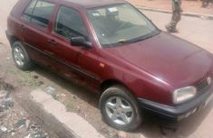 Volkswagen Golf 2000 1.6 Red for sale
