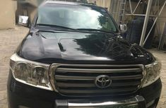 Need to sell high quality black 2011 Toyota Land Cruiser automatic