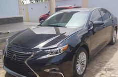 Best priced used 2016 Lexus ES in Lagos