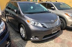 Toyota Sienna 2013 XLE FWD 8-Passenger Gray for sale