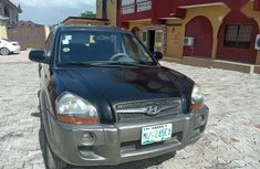 Clean 2009 Hyundai Tucson suv automatic for sale in Lagos