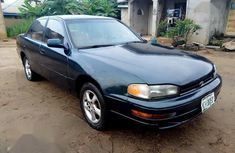 Sell green 1996 Toyota Camry automatic at mileage 189,000
