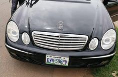 Sell used black 2006 Mercedes-Benz E320 sedan at cheap price