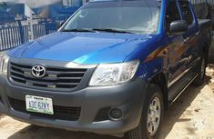 Selling 2013 Toyota Hilux in good condition in Lagos