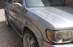 Need to sell cheap used grey 2001 Infiniti QX automatic in Lagos