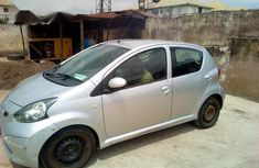 Need to sell used 2006 Toyota Yaris manual at cheap price