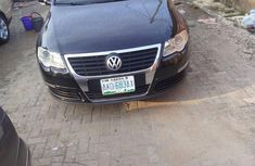 Selling 2007 Volkswagen Passat sedan at mileage 103,000 in Lagos