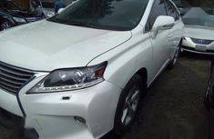 Sell very cheap clean white 2014 Lexus RX in Lagos
