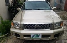 Sell gold 2002 Nissan Pathfinder automatic