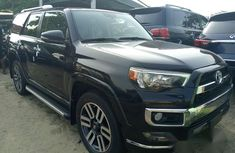 Sell used 2015 Toyota 4-Runner suv  automatic in Lagos