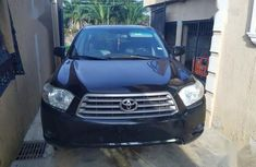 Best priced used 2009 Toyota Highlander at mileage 120,580 in Lagos