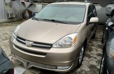Toyota Sienna 2005 Brown for sale