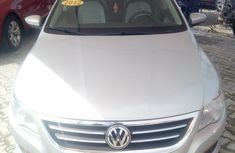 Selling 2012 Volkswagen Passat in good condition at mileage 72,389