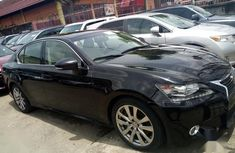 Need to sell cheap used black 2014 Lexus GS automatic in Lagos