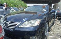 Clean black 2010 Lexus ES automatic car at attractive price