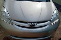 Toyota Sienna 2008 LE AWD Silver for sale