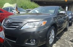 Selling grey 2008 Toyota Camry automatic at price ₦2,500,000 in Lagos