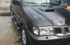 Clean and neat black 2006 Nissan Terrano suv at price ₦2,100,000 in Lagos