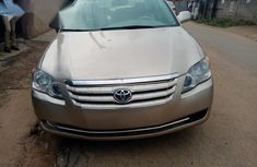 Toyota Avalon 2007 Gold for sale