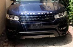 Clean and neat blue 2016 Land Rover Range Rover Sport