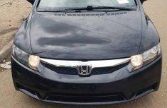 Sell well kept 2009 Honda Civic sedan automatic
