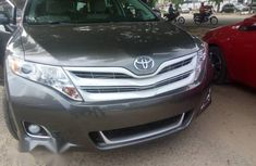 Sell used brown 2009 Toyota Venza suv at price ₦6,500,000