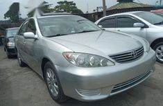 Need to sell used 2006 Toyota Camry at mileage 55,000 at cheap price