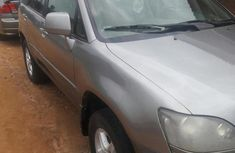 Selling 2000 Lexus RX automatic in good condition at price ₦1,300,000