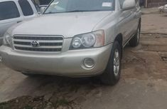 Clean and neat 2003 Toyota Highlander at mileage 125 for sale