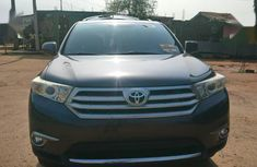 Need to sell grey 2012 Toyota Highlander at mileage 110,657