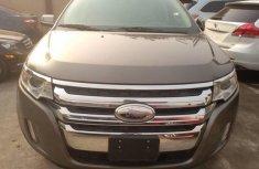 Sell well kept 2013 Ford Explorer in Lagos