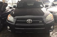 Need to sell high quality 2011 Toyota RAV4 at price ₦4,000,000 in Lagos