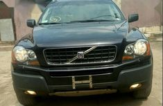 Sell well kept blue 2006 Volvo XC90 automatic at mileage 122,854