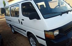 Sell white 2000 Toyota HiAce manual at mileage 11,111 in Abuja