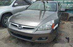 Sell gold 2005 Honda Accord sedan automatic at cheap price