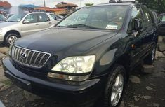 Sell used 1999 Lexus RX automatic at mileage 120,000 in Lagos
