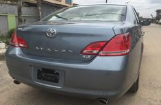 Tokunbo Toyota Avalon XLS 2006 for sale