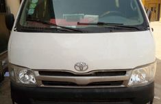 2007 Toyota Hiace Hummer bus for sale in good condition
