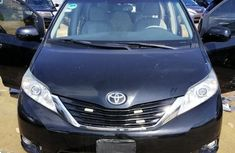 Used black 2011 Toyota Sienna automatic at mileage 29 for sale