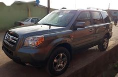 Sell well kept 2007 Honda Pilot in Lagos