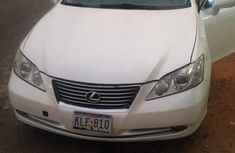 Sell well kept 2009 Lexus ES automatic at mileage 1,000