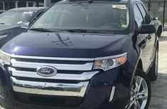Sell well kept blue 2011 Ford Edge automatic at price ₦4,900,000
