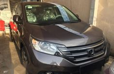 Need to sell cheap used 2014 Honda CR-V automatic in Lagos
